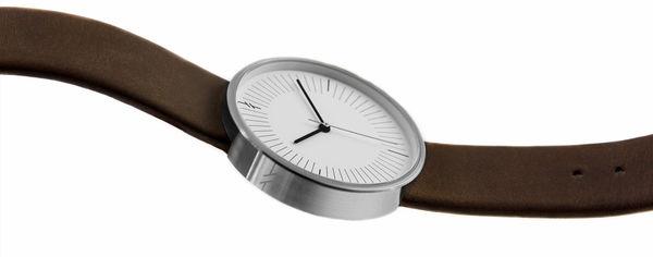 Relojes de marcas no reconocidas